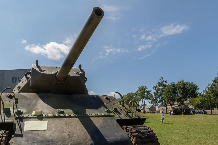 Overlord Museum, Colleville-sur-mer, Normandy, France, July 2017 D-Day Operation Overlord Overlord Museum History Military Monument Museum Overlord Sherman Tank Tank Travel Destinations Weapon