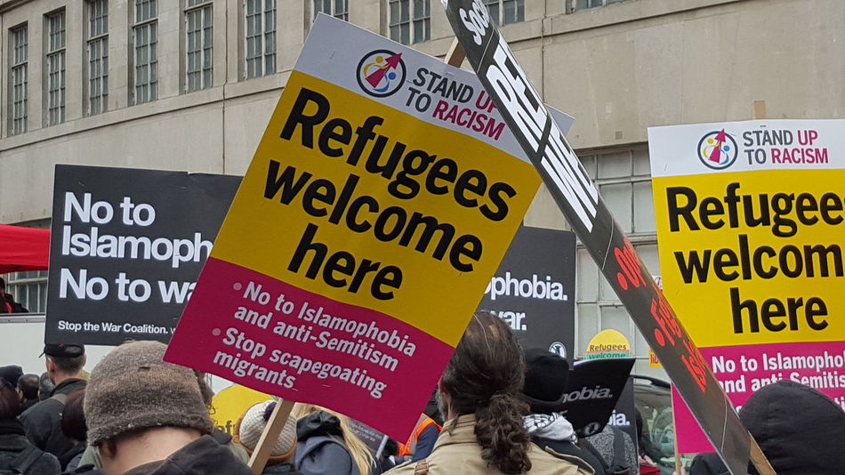 Refigees Refugeeswelcome Refugees Are Welcome Here Refugeeswelcomekaroviertel