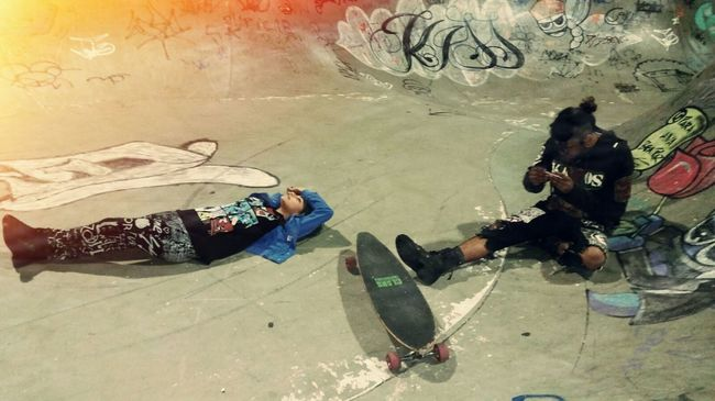 Punk Punkrock Cannabis Skateboarding Madrugada Hello World Relaxing People Brisando Larica