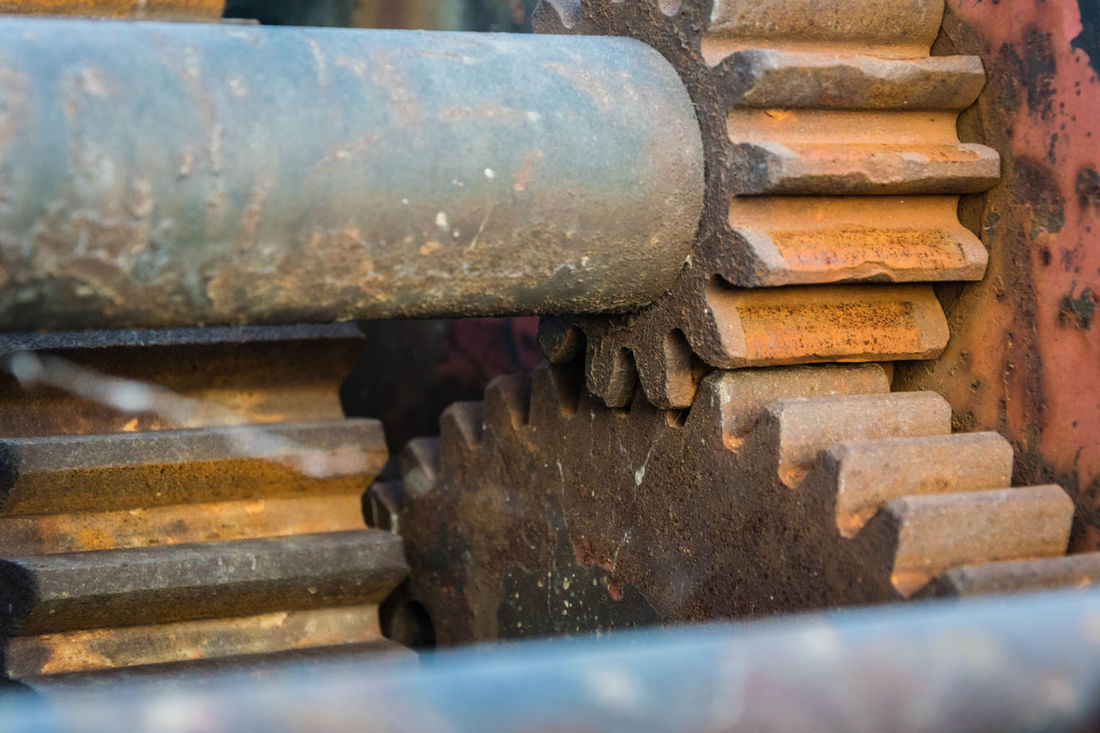 Cogs Weathered Metal Rust Close-up Strength Masive Nikonphotography