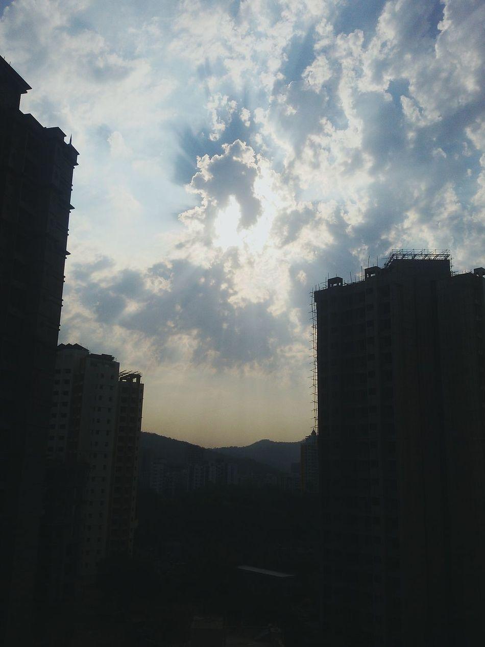 Sunnyday Eveningslikethese Clouds Hiranandani Cloudporn Sunnyside Sunset Home Thaneigers