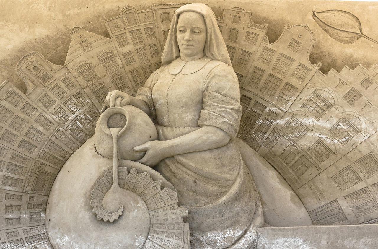 Sand sculptures exhibition. Theme of the show: the European capitals. Architecture Art Beach Beautiful BIG Capitals  Castle Competition Construction Creation Design European  Exhibition Fantasy Festival Figure Form Fun Holiday Jesolo Leisure Play Sand Sandcastle Sandy