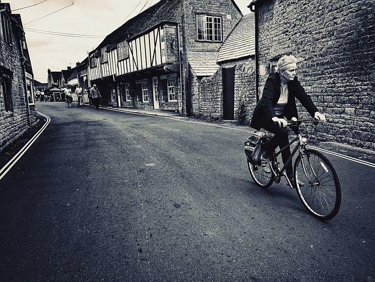 Blackandwhite Iphonephotography IPhoneography EyeEm Best Shots Streetphotography Stratford-upon-Avon Bicycle Transportation