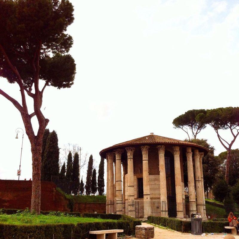 Un paseo por las nubes... Streetphotography Arquitecture EyeEm Best Shots Rome