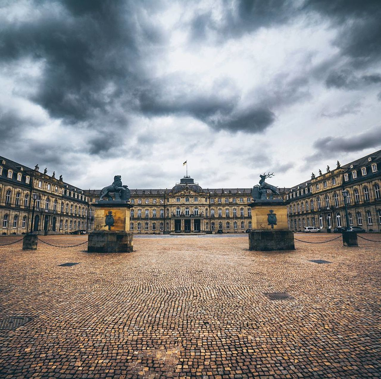 architecture, built structure, cloud - sky, sky, building exterior, day, outdoors, history, travel destinations, no people, city