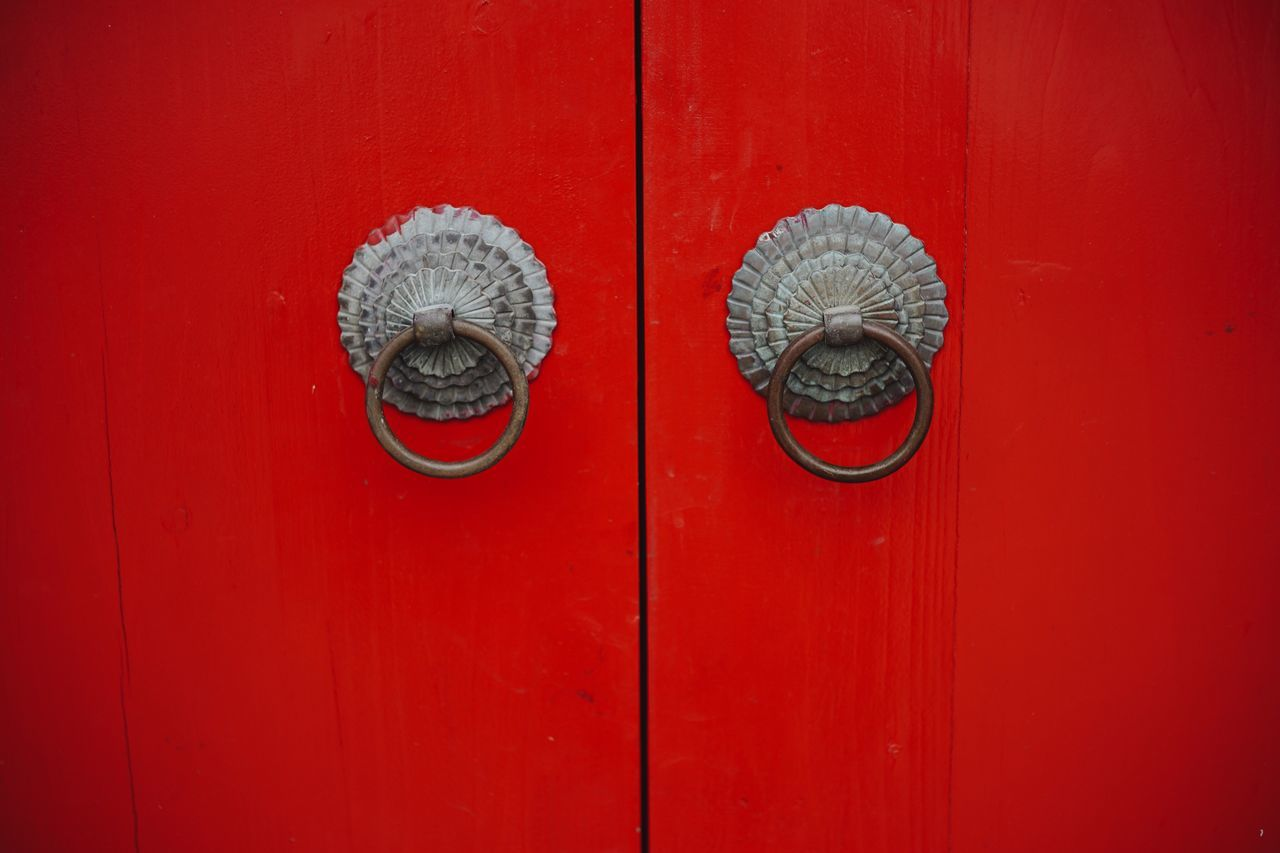 Door Red Close-up Door Knocker Brown No People Closed Wood - Material Door Handle Metal Outdoors Day Hinge Chinese Style