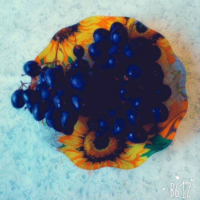 Grapes 🍇 Berry Berry Fruit Food Fruit Berrys Yummy