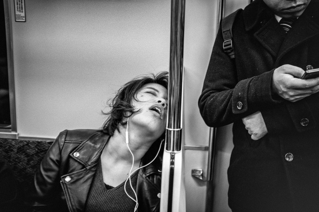 The Week Of Eyeem Monochrome Photography B&w Street Photography Streetphotography_bw Japan Streetphoto_bw Streetphoto Street Photography Black And White Tokyo Blackandwhite People Streetphotography