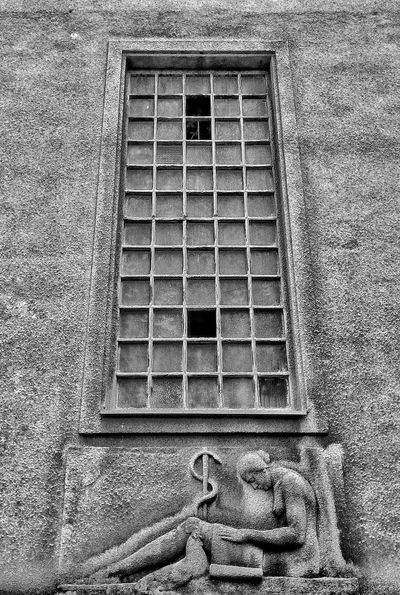 Monochrome Old Building  Old Window Wall Sculpture Notes From The Upperground
