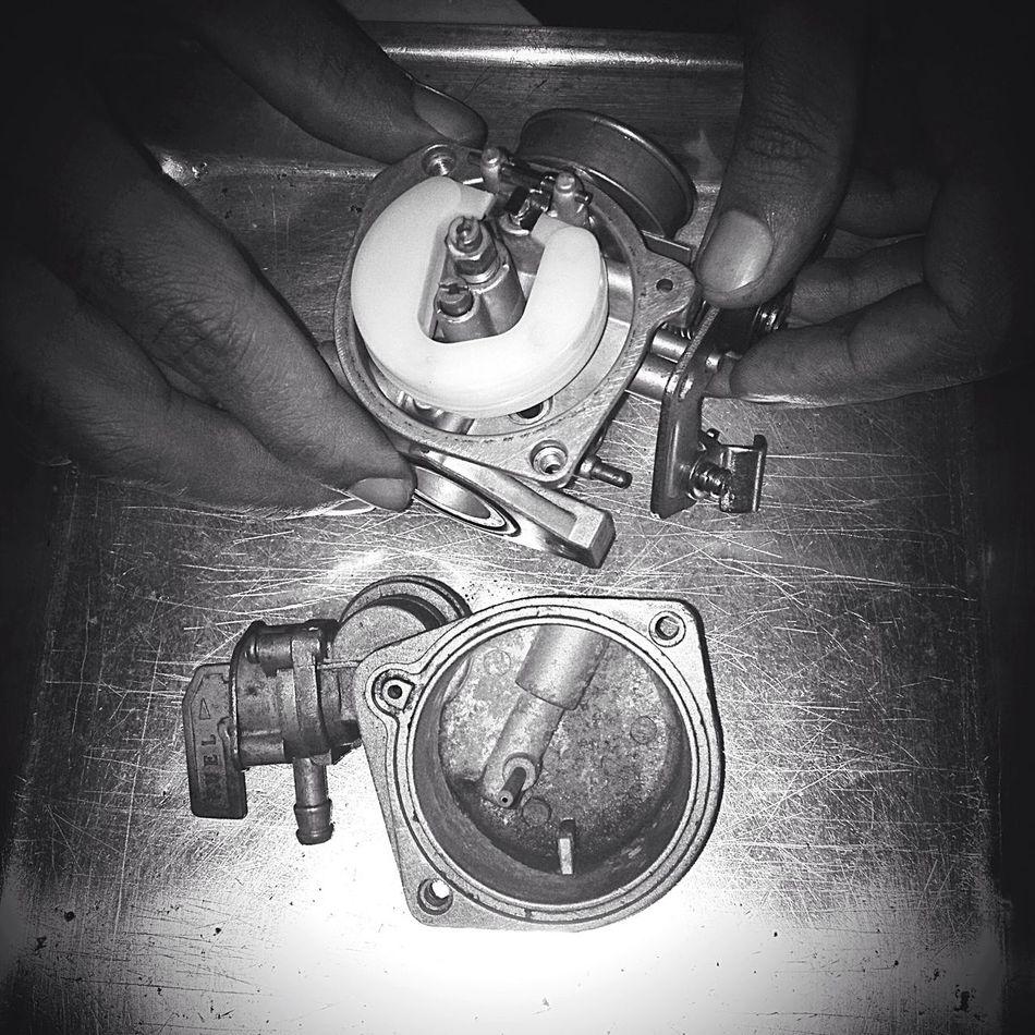 Carburetor Mechanic Cleaning Motorcycles Moto Repair Repairs