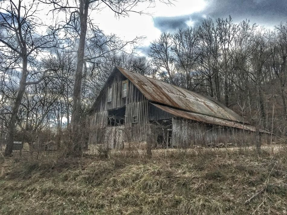 Buffalo River Showcase: February First Eyeem Photo Enjoying Life Taking Photos Hello World Relaxing Check This Out Hanging Out Old Barns Old Buildings