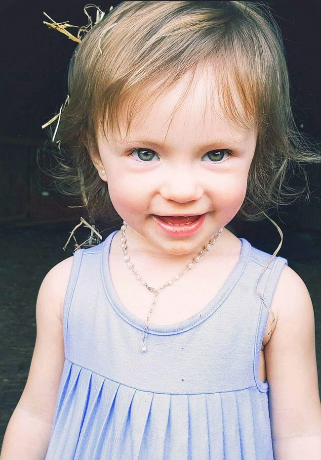Women Who Inspire You Mybabygirlinspiers Pearls On And Hay In Her Hair