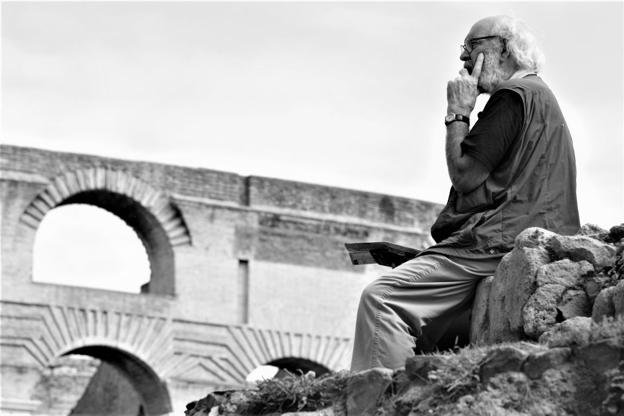 Architecture Colosseo Roma Colosseum Day History Italy Meditation Monument Observe Outdoors People Rome Italy Sit Statue The Great Beauty Tourist Travel Destinations Women