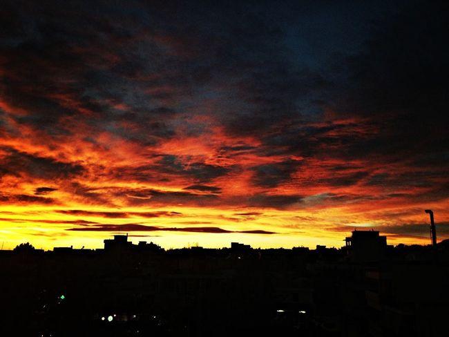 Inferno sky in Athens. 6 November 2012 Sunset Sky Cloudporn #sunset #sun #clouds #skylovers #sky #nature #beautifulinnature #naturalbeauty #photography #landscape