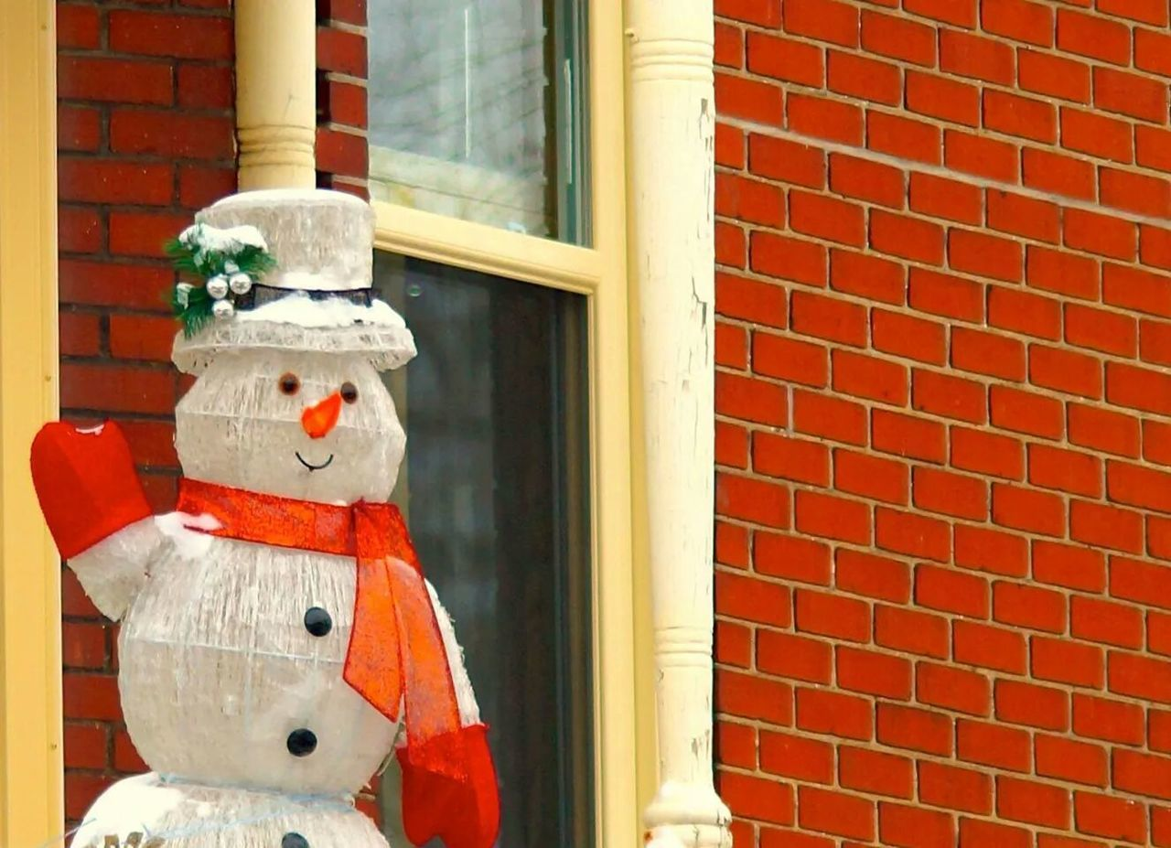 Beautiful stock photos of snowman, Anthropomorphic, Anthropomorphic Face, Architecture, Brick Wall
