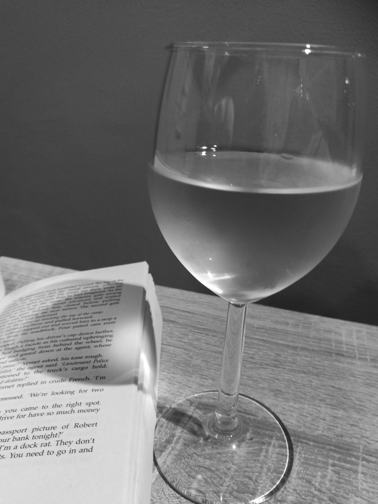 Indoors  Close-up No People Wine Wineglass B&w Agoodbook Relax Reading Books ♥ HuaweiP9 Leicacamera Noedit