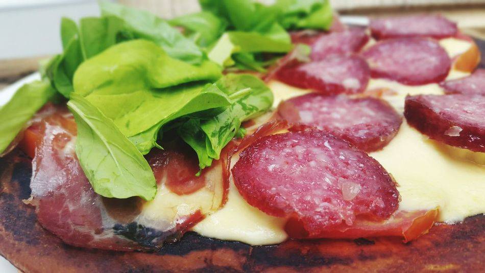 Cheese Muzzarella Pizza Time Pizza Rucula Bondiola Salami Food Foodporn Food Porn Foodphotography