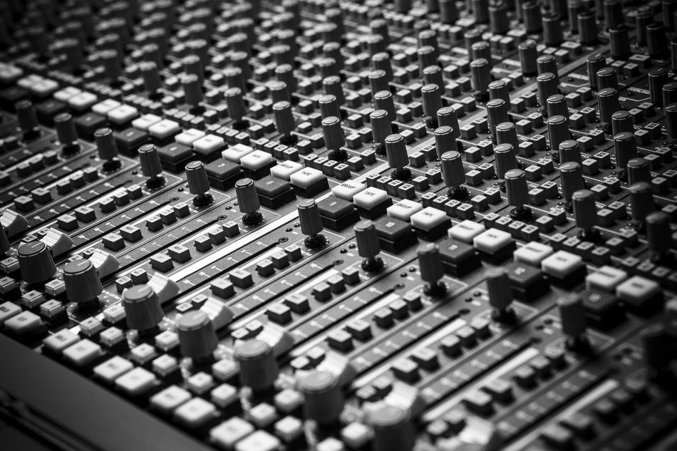 Compressor Drums EQ Equipment Fader Instruments Japanese  Knobs Level Limiter Loudspeakers Microphone Mix Mixing Mixing Console Mixing Sessions Recording Artist Recording Music Recording Session Recording Studio Sound Studio Tape Recorder Vinyl Cutter Fresh On Market May 2016 Market Reviewers' Top Picks Fresh On Market 2016