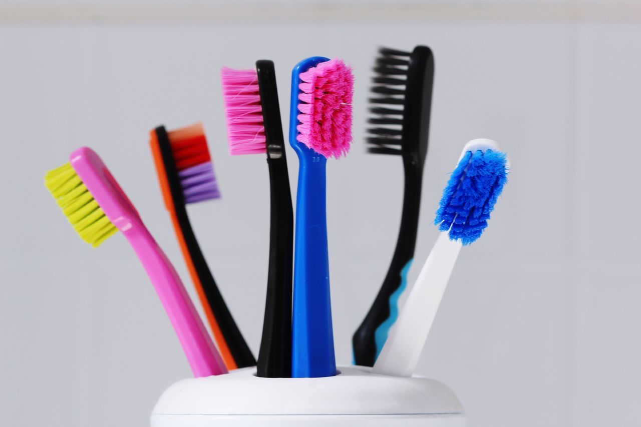 Popular Hygiene Dental Student Dental Dental Clinic Macro_collection Macro Macro Photography Taking Photos Dentistry Dentist Hello World Color Portrait Colorful Colors Family Toothbrushes Teeth Tooth Toothbrush