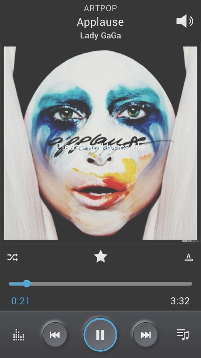 Lady Gaga ArtPop Gaga-applause Musicplayin'
