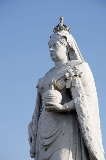 Queen Victoria Statue Power Queen Victoria Dovercourt English Female Likeness Human Representation Old Sculpture Statue Stone