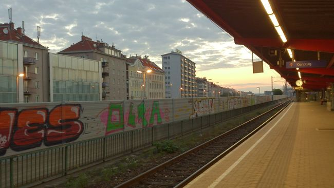 Bahnhof Trainstation Mai 2014