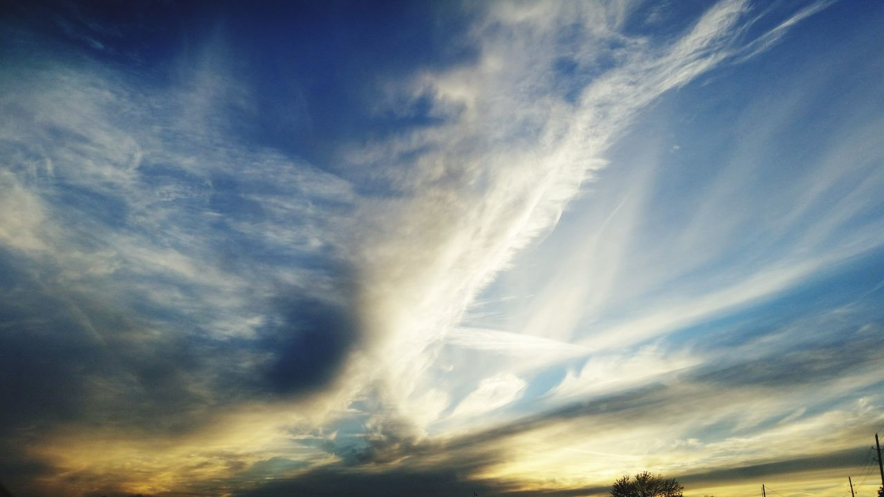 Beauty In Nature Scenics No People Sky Cloud - Sky Waves Of Clouds Dramatic Sky Clash Of Clouds
