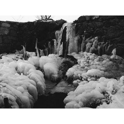 Winter Vessels Snow Ice igersinstagoodvscovscocamvsco_hubbwwaterblackwhite Ned Stark