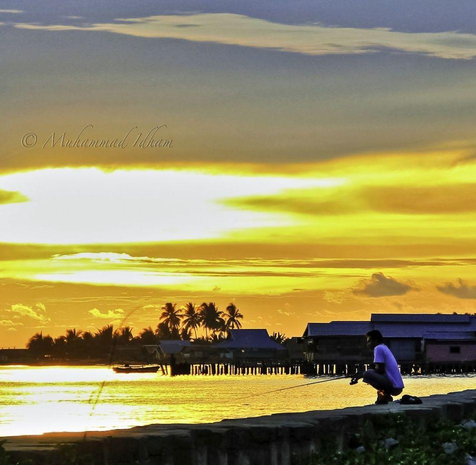 No Signal, No Worry.. #fishing Place: Marisa - Gorontalo EyeEm Indonesia Indonesia Banget EyeEm Nature Lover EyeEm Best Shots