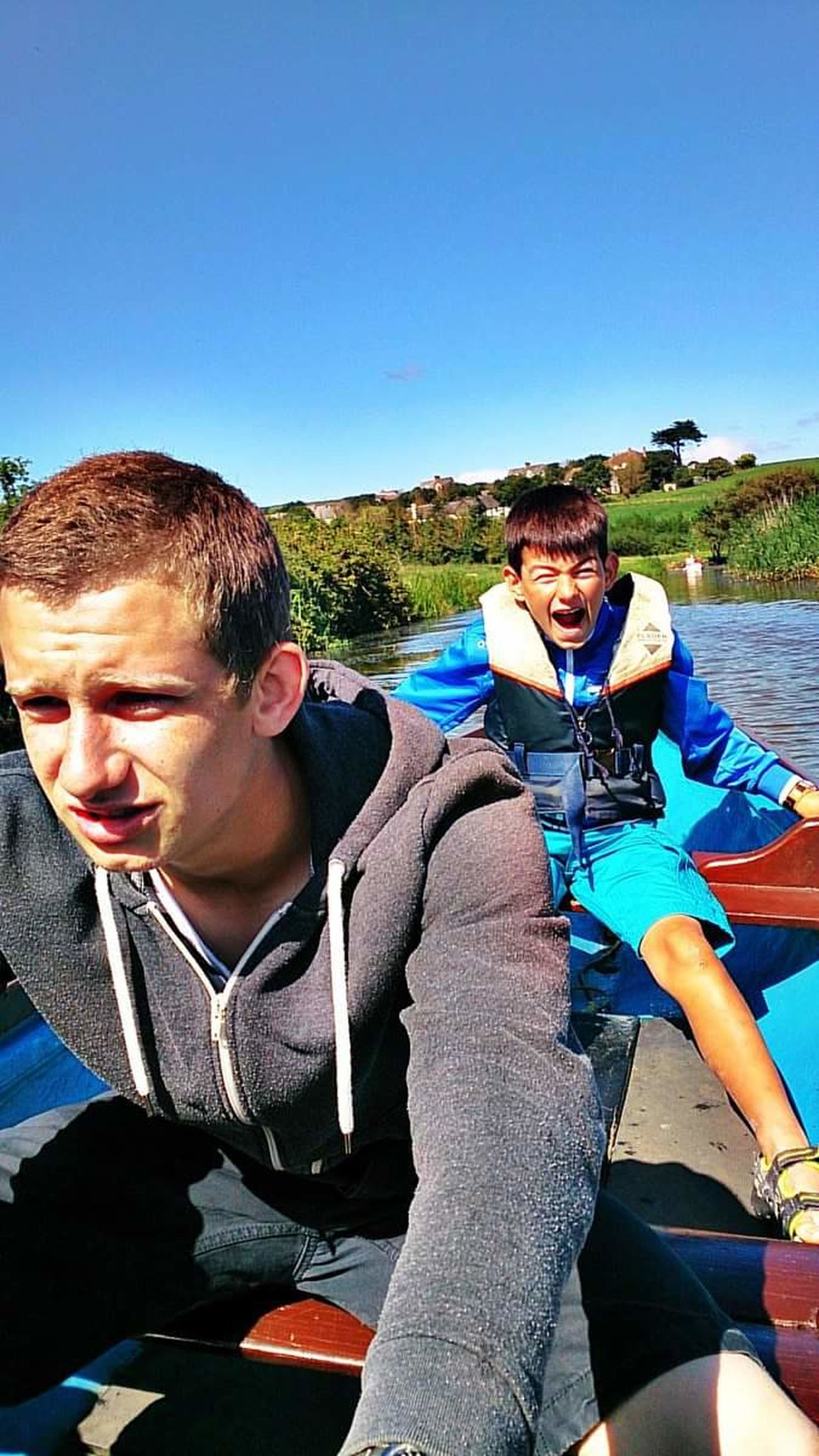 Young Adult Togetherness Two People Clear Sky Outdoors Leisure Activity Friendship Water Day Summer Sunlight Rowingboat Fun! Laughing Out Loud Children