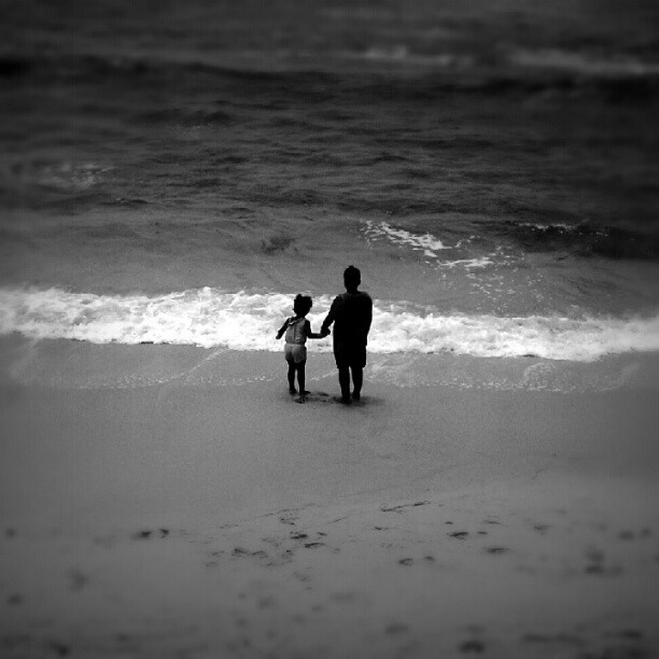 Don't worry I got you Bwwednesday Black&white Monochrome Fortheloveofblackandwhite LiveanddirectfromLosAngeles Bnw Blackandwhite Losangeles Beach Ocean