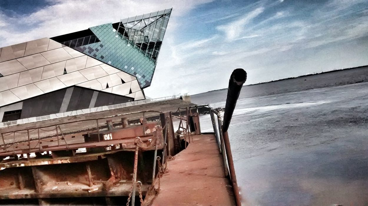 Found On The Roll The Deep Hull