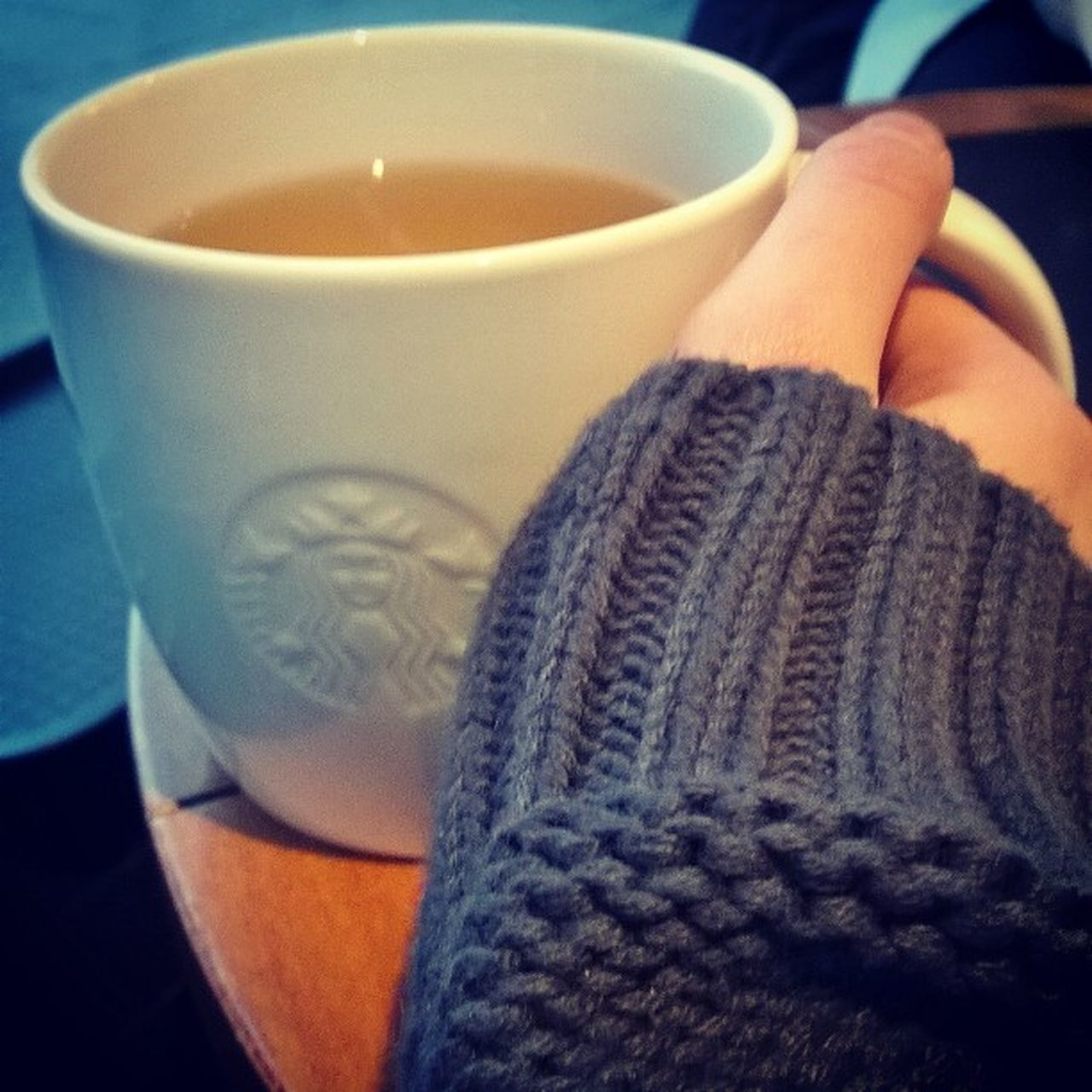 drink, coffee cup, refreshment, food and drink, indoors, coffee - drink, sweater, wool, tea - hot drink, close-up, one person, warm clothing, winter, day, freshness, people