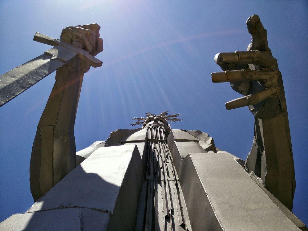 Nacimiento Del Rio Tajo Statue Monument .... Looking up/down. Sun