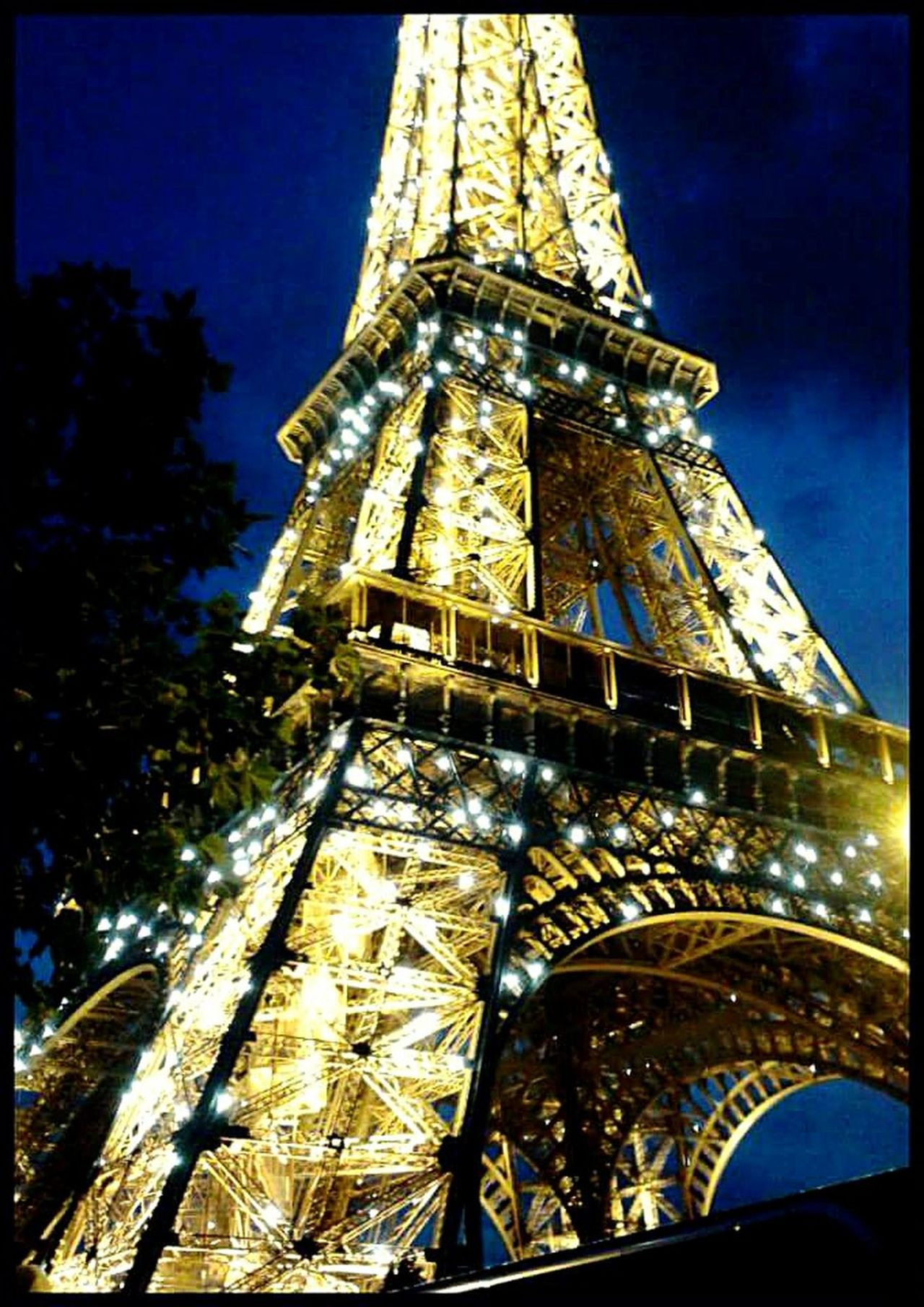 Eiffel Tower Catching The Moment Livebeautifully Travel Travel Photography Paris, France  Paris Art Photography ArtOfLiving Illuminated Travel Destinations Sky Light And Shadow Night Lights Night Out Colors Catch The Moment Magical Romantic Tower Excellent Shot Awesome Photography ArtWork Details The City Light EyeEmNewHere