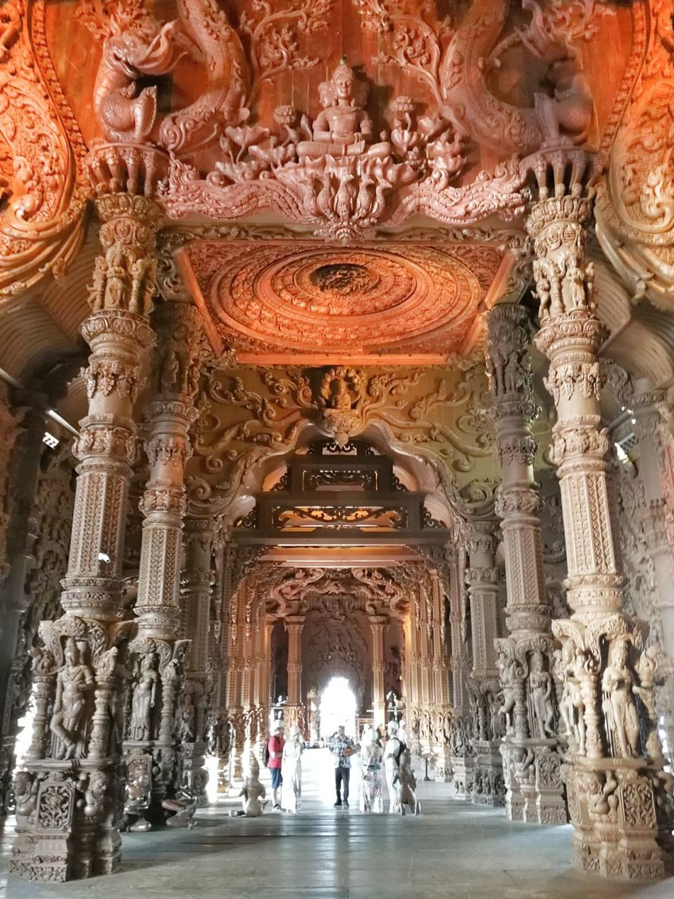 Sanctuary Of Truth Pattaya Amazing Thailand EyeEm Travel Photography EyeEm Best Shots Huawei Mate 9