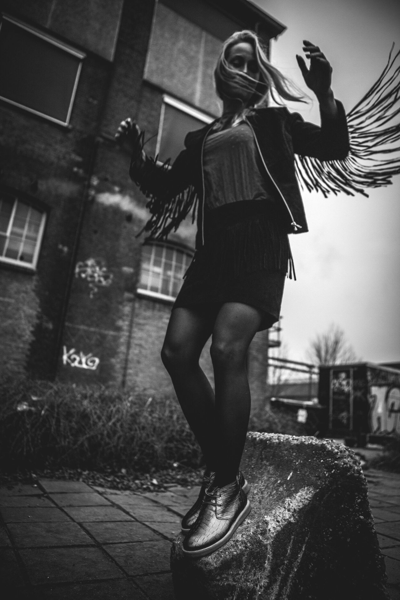 Lieblingsteil Full Length Real People Lifestyles Standing One Person Leisure Activity Young Adult Young Women Outdoors Architecture Day Leather Jacket Leather Shoes Black & White Monochrome Monochrome Photography Fashion Fashion Photography Editorial  Blond Hair WOW EyeEm Best Shots Shiny