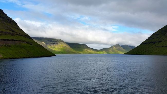 Faroe Islands Landscape_Collection Landscape_photography Klaksvik Färöer Sea View Sealife Seaside_collection Seascape Photography Ig_denmark From My Point Of View Travel Photography Travel Destinations Traveling The World Openspace Orizont AMPt_community Igersdenmark Calming Views Ig_photolove Nature Photography Trip Photo Colorfull Waterscape Ig_great_pics