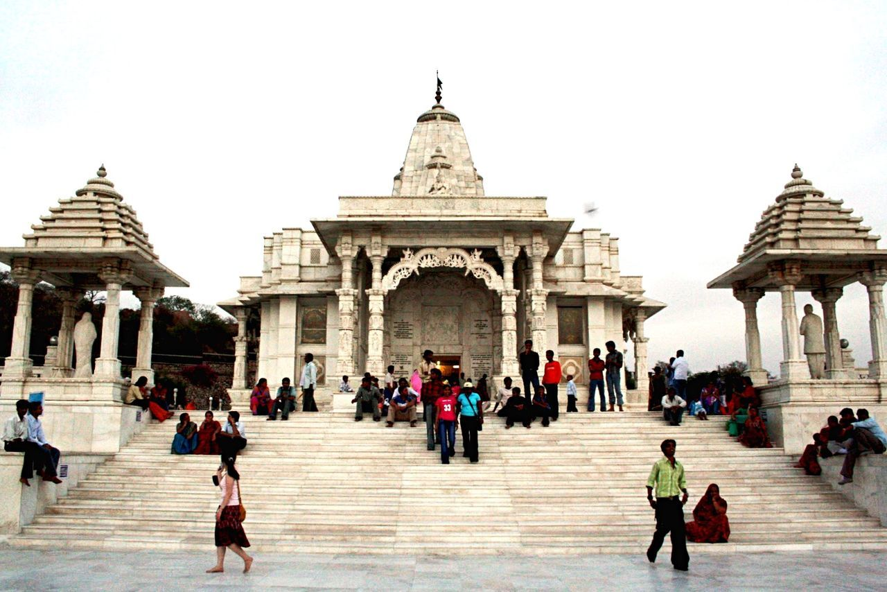 Templea:India]iArchitecturerBuildingnWhitetEnjoying LifefTravelingnViewew People Check This Out