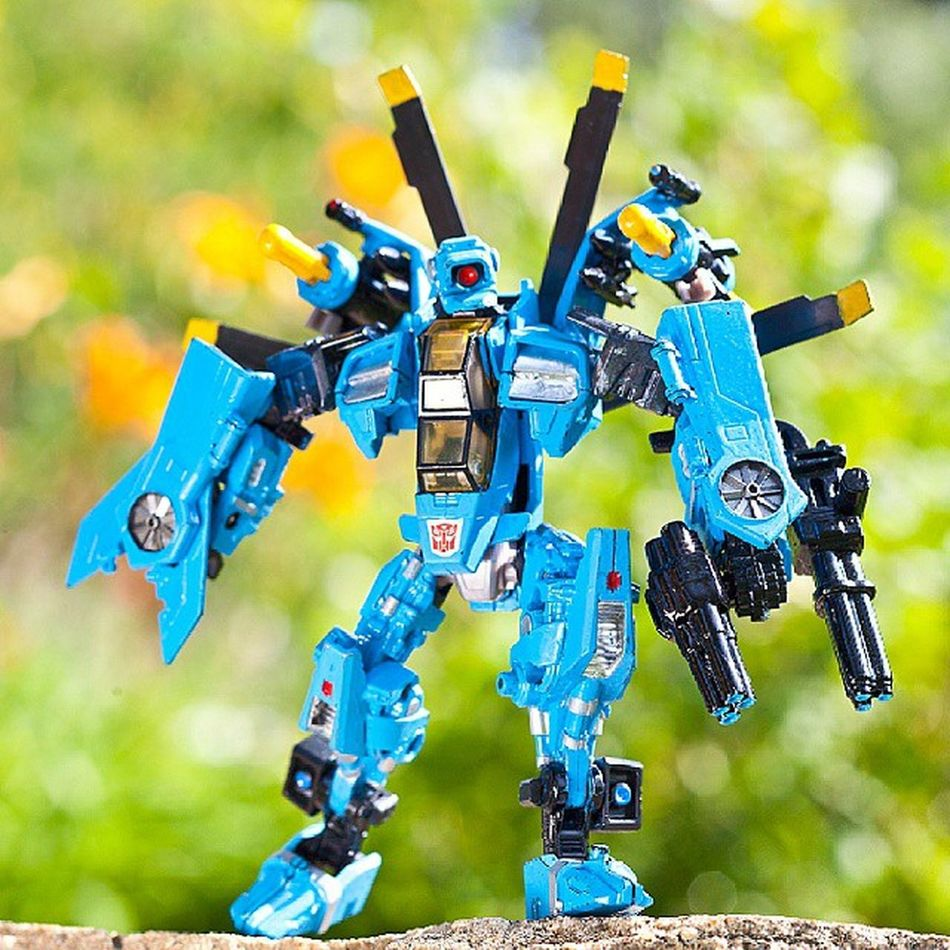 Whirl wrecker my custom Whirl Transformers Transformerstoys Actionfigures Actionfigurecollections Toys Toy Toystagram Toycollector Toycommunity Toyphotography Cybertron MoreThanMeetsTheEye Robotsindisguise Robots Toycollectors Plastic_crack_addicts Wrecker