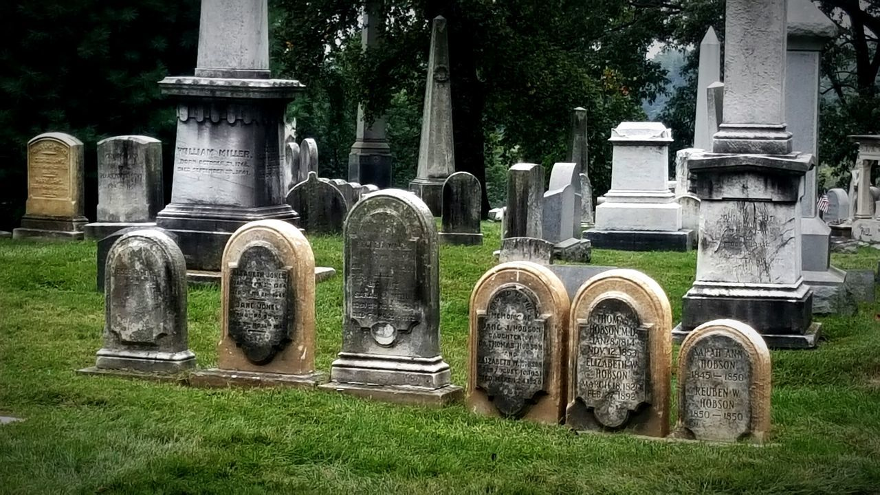 Cemetery Tombstone Memorial The Past Scary But Beautiful Haunted Places Laurel Hill Cemetery  Halloween Laurel Hill Cemetery  Cityofbrotherlylove Architecture History Architecture Cemetery Art Historical Historic City Historic Cemeteries East Falls Historical Place Old But Awesome