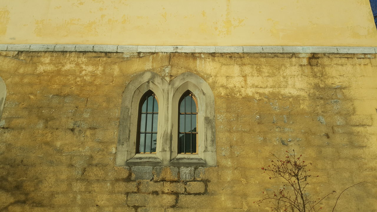 architecture, built structure, building exterior, window, door, yellow, no people, day, outdoors, close-up