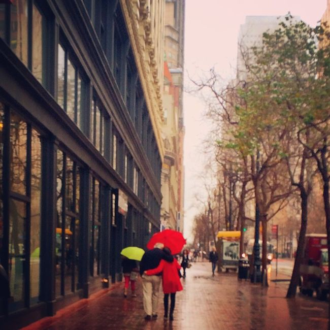 Love. Lovers Love Redcoat Redumbrella Rainy Days Streetphotography Capture The Moment Embrace Showcase: January Rain Season Red_collection Splash Of Color Cityscapes People Watching Valentine Happiness Street
