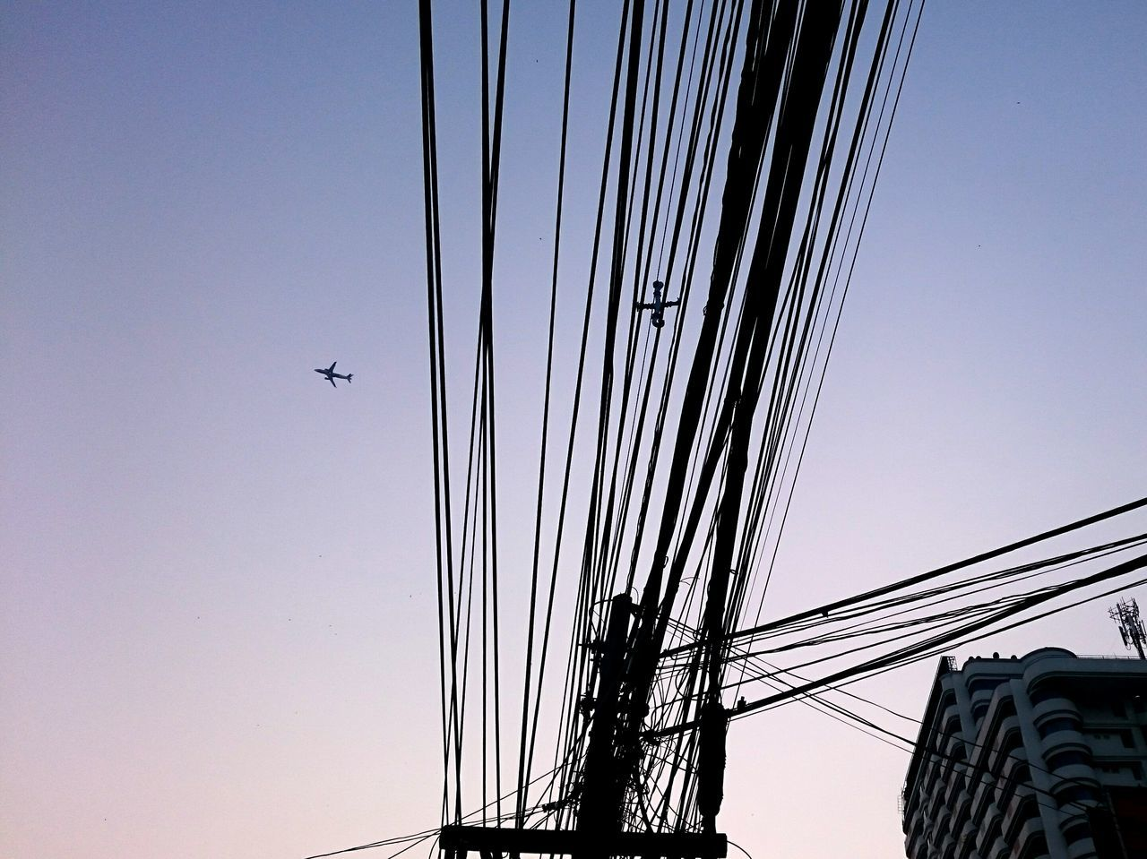 Sky Outdoors Clear Sky Connection No People City Motion Day Amusement Park Airplane Avion