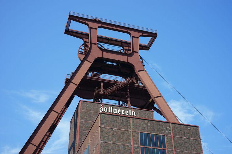 Förderturm Zeche Zollverein, Essen UNESCO World Heritage Site Architecture Building Exterior Built Structure Mine Mine Headframe No People Outdoors Tower