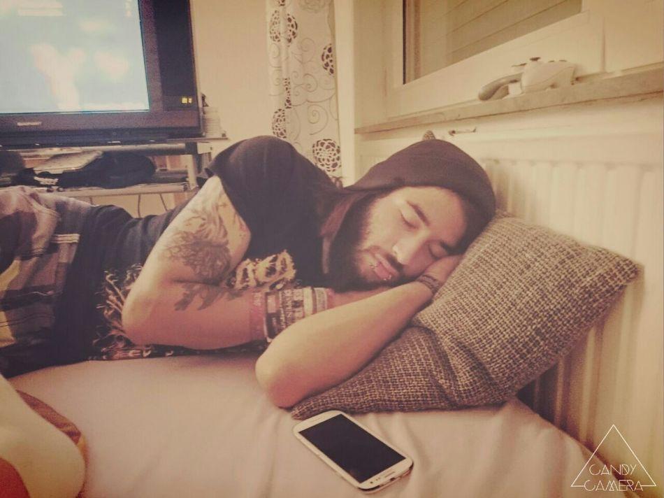 A little but sleepy Sleep Sleeping Dreaming Tattoed Tattoed Men Ink Inked Pierced Beard Relaxing