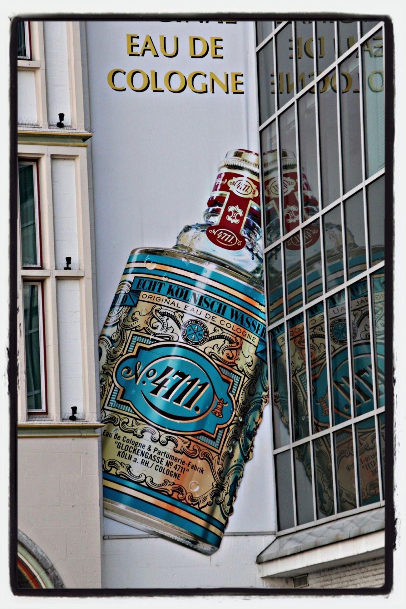 4711 - Kölnisch Wasser Cologne Graffiti Traveling