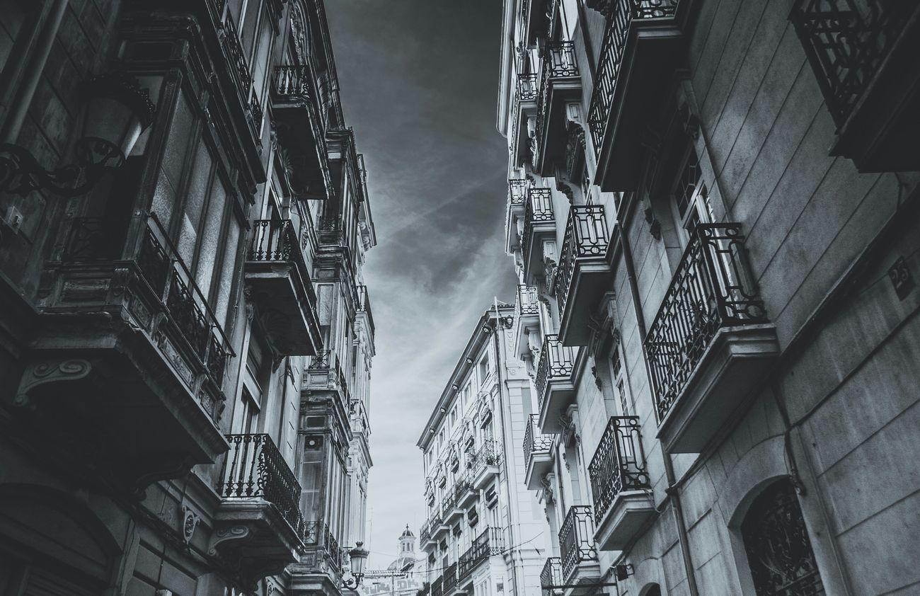 Architecture_bw Architecture_collection Streetphoto_bw Eyeem Black And White Upshot Urban Photography Eye4photography  BuildingPorn Popular Eyeemphotography