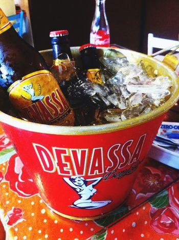Curando a ressaca Cerveja Devassa Borabeber