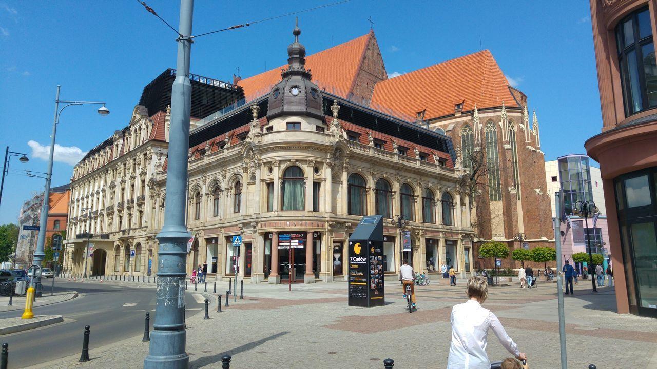 Wrocław LG G4 Architecture